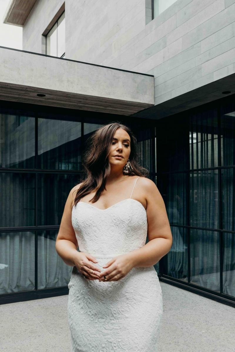 The Greta Curve gown by Karen Willis Holmes, sweetheart plus size lace wedding dress.