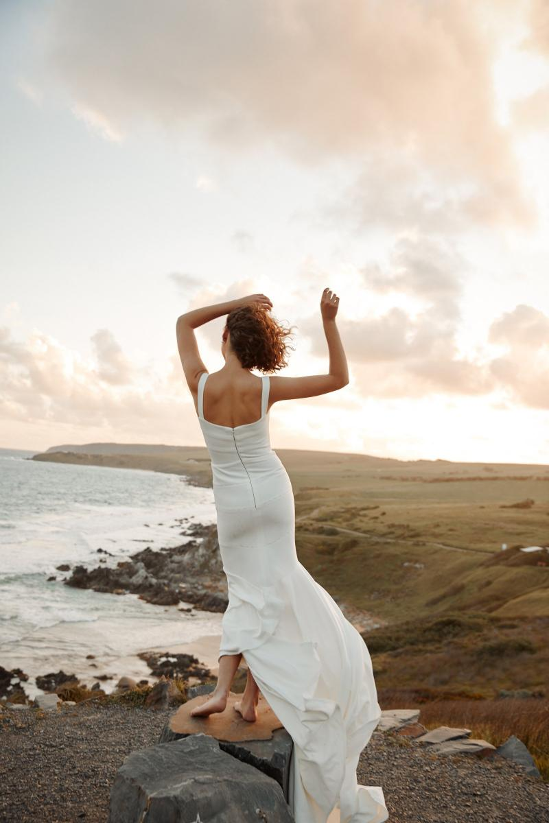 The Violet gown by Karen Willis Holmes, simple modern wedding dress.