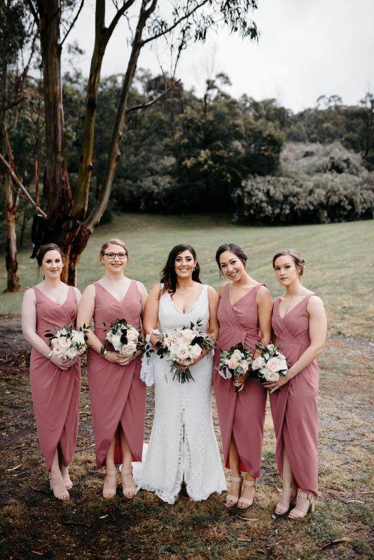 Real bride Samantha wore the Curve Bobby wedding dress by Karen Willis Holmes.