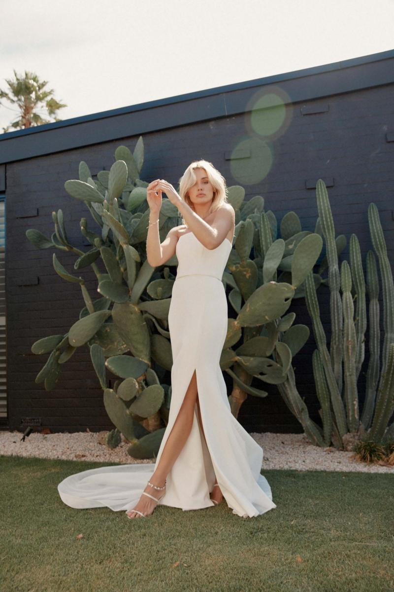 The Grace gown by Karen Willis Holmes, a strapless wedding dress made in unique mesh material.