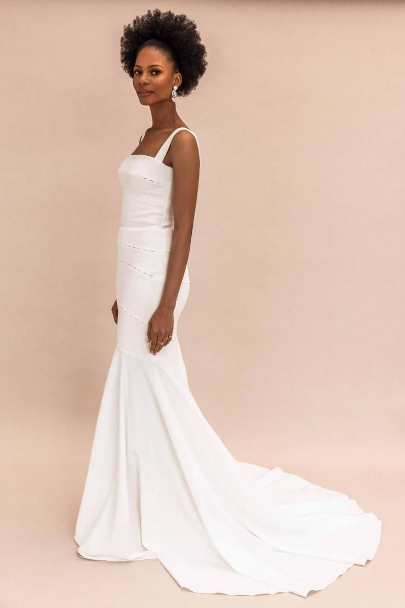 The Violet gown by Karen Willis Holmes, simple mermaid wedding dress.