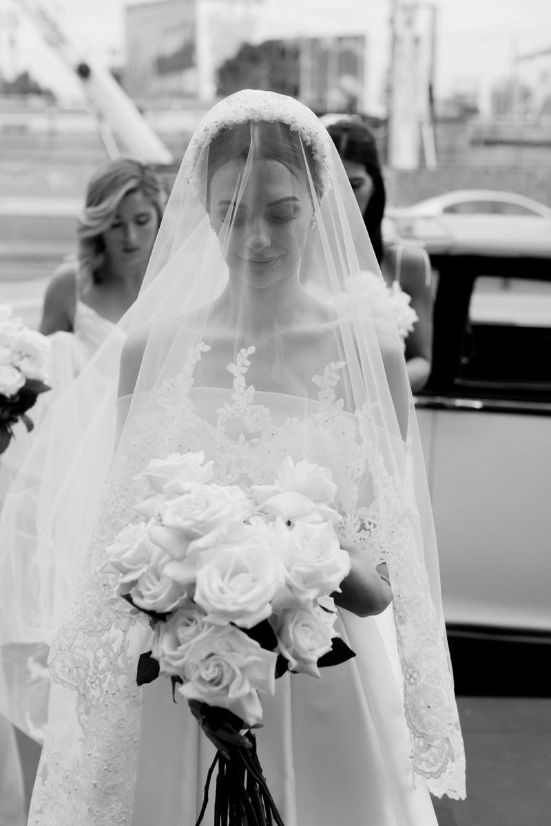 A Vogue Bride in Bespoke Karen Willis Holmes Bridal