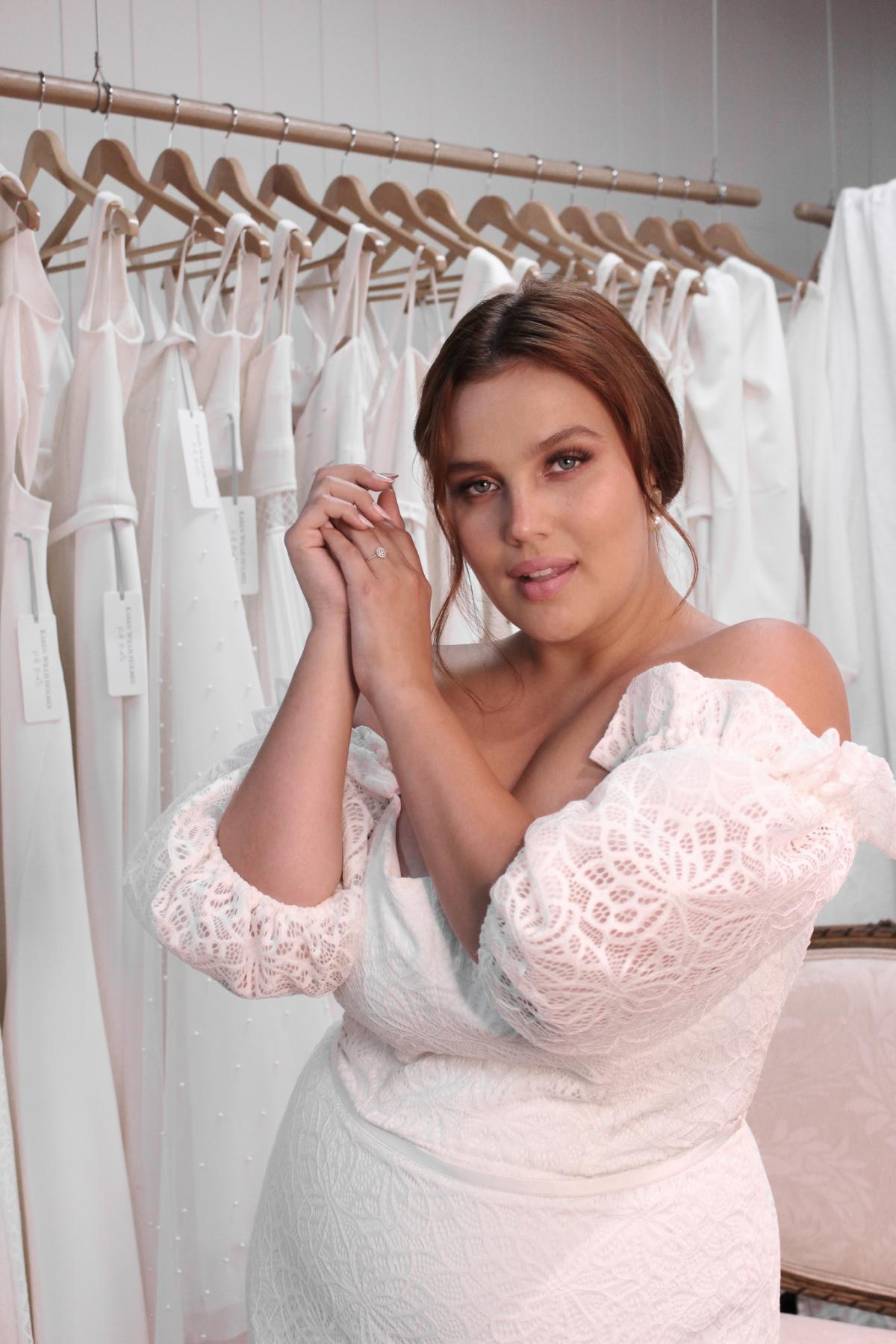 Vivienne plus size lace wedding dress with baloon off the shoulder sleeves